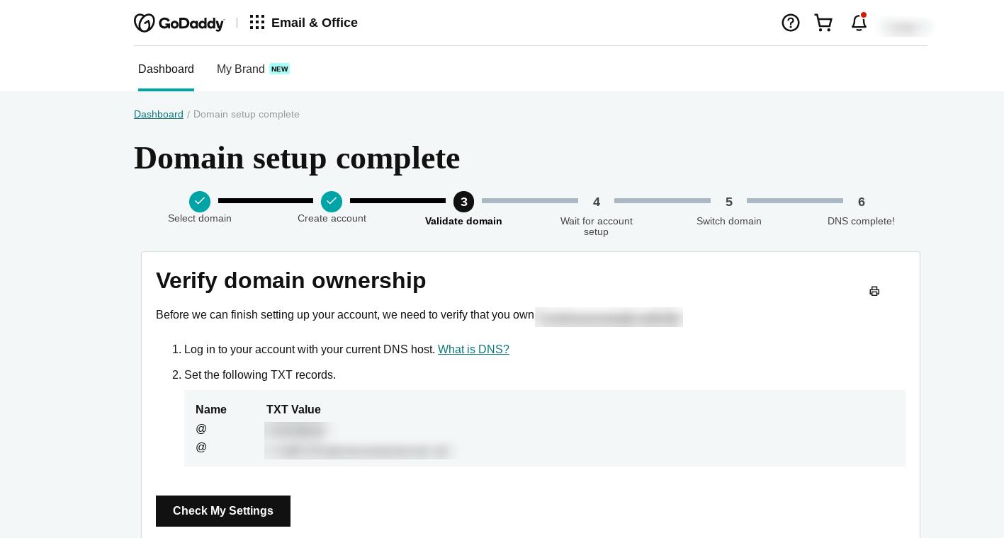 Verifique su dominio para crear una dirección de correo electrónico comercial