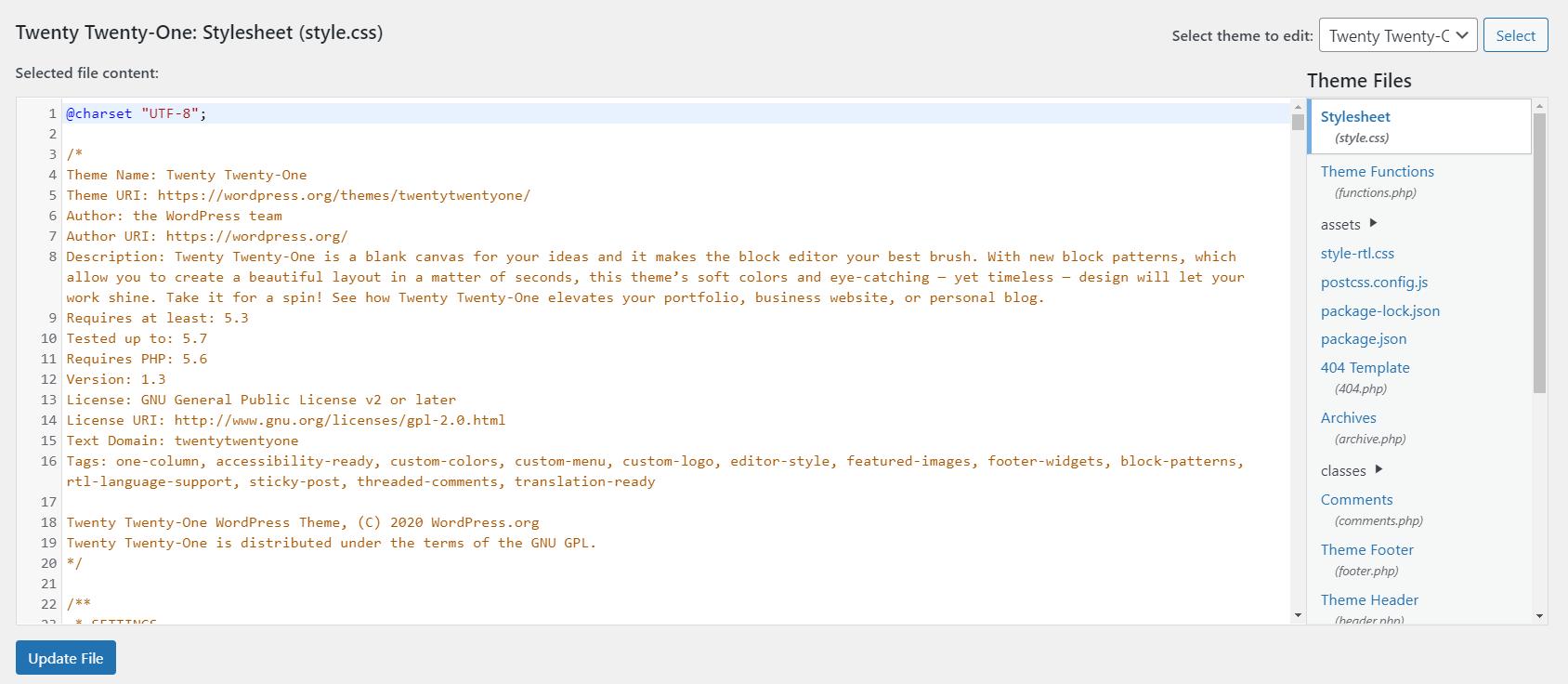 La página del Editor de temas para un tema predeterminado de WordPress.  Hay varias líneas de código de color específico.